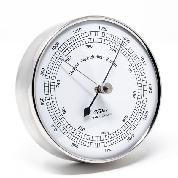 15.01 | Barometer in stainless steel case