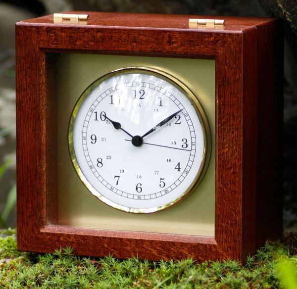 1388-22 | Quarz-Chronometer
